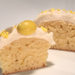 Sliced Lemon Zinger Cupcakes