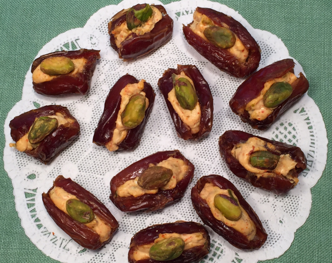 SWEET & SPICY STUFFED DATES