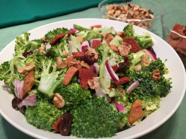 BROCCOLI & RAISIN SALAD: Addictive!
